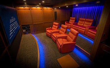 sinema salonu zemin kaplama