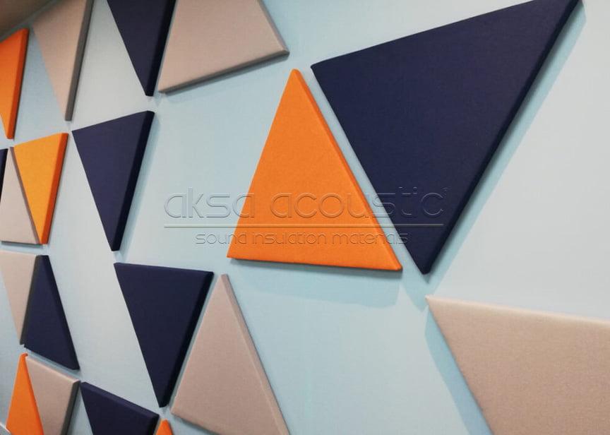 akustik kumaş kaplı üçgen panel