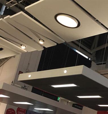 akustik tavan paneli aydınlatma