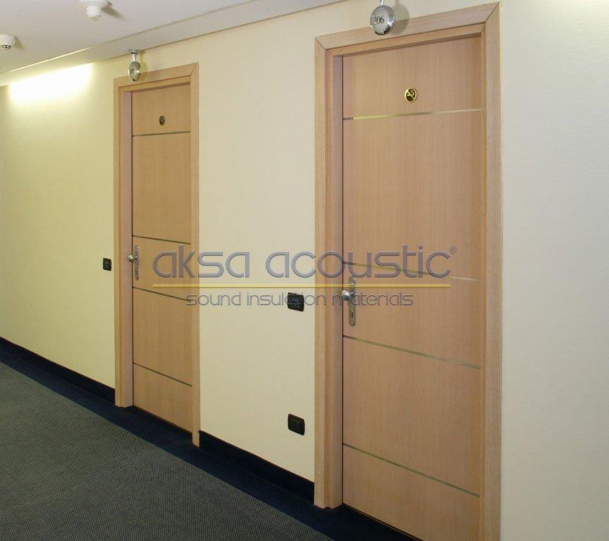 akustik ses yalıtımlı otel kapısı