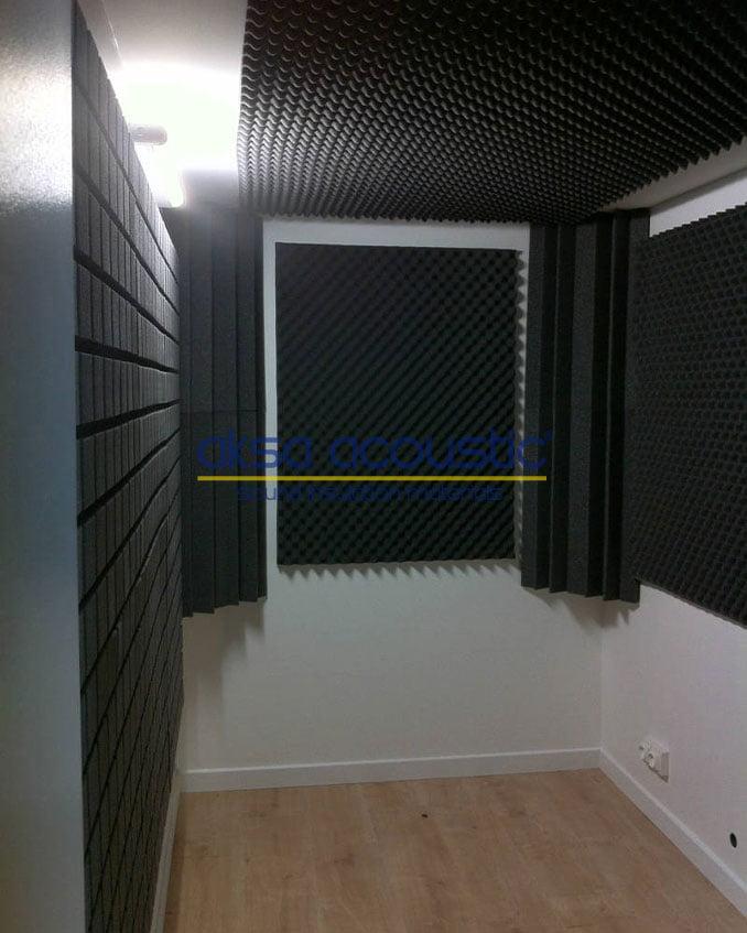 ses kayıt kabini